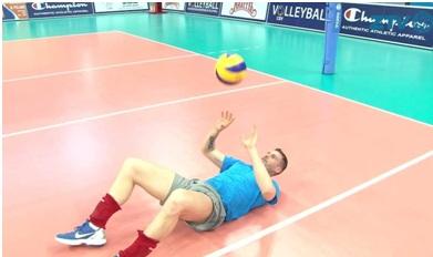 kak-nauchitsya-igrat-v-voleibol